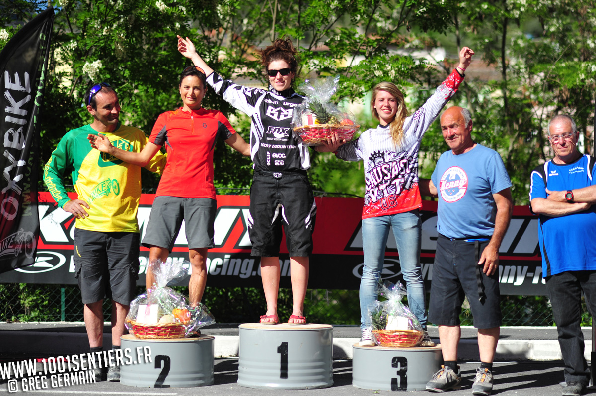 podium dames_photo Greg Germain 1001sentiers