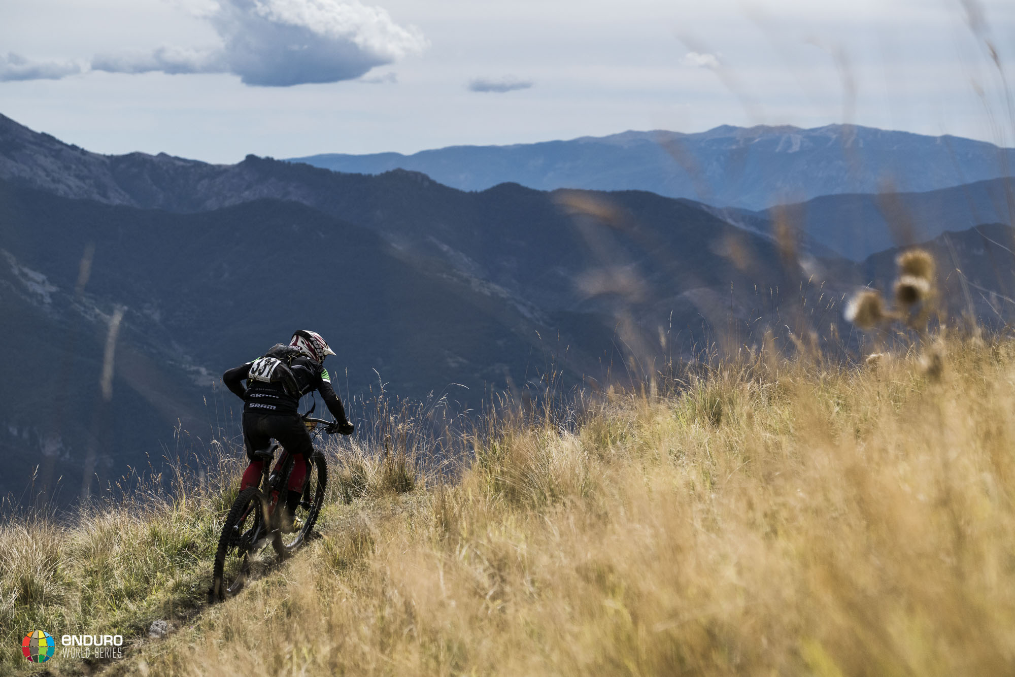 Series leader Michael Broderick finds himself in 4th in the French mountains