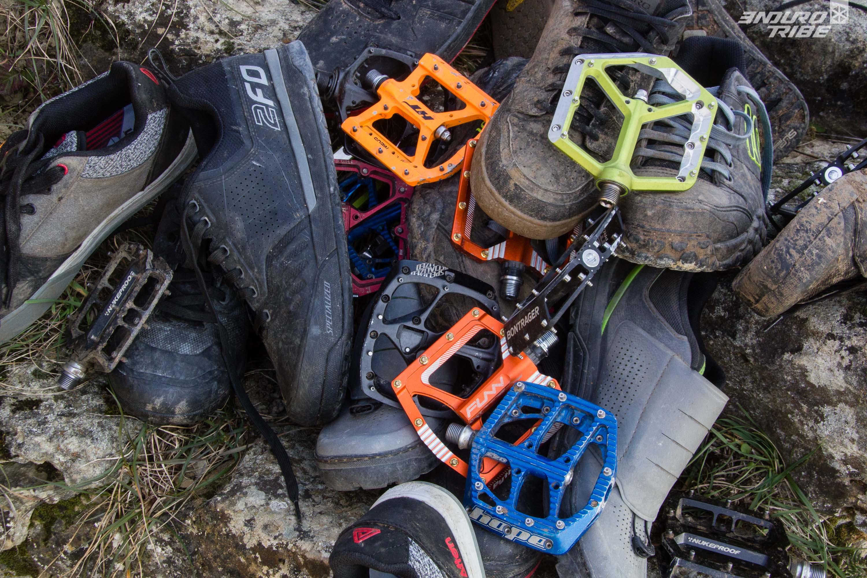 professionnel sur les images de pieds de grand Prix Tendance - Rouler en pédales plates, libre comme l'air...